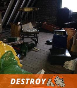 почистване-на-мазе-и-таван
