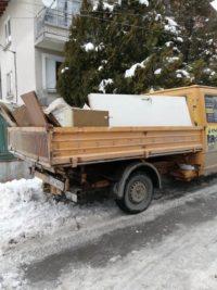 извозване-на-отпадъци-с-камионче